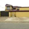 Phomolong guest house Roodepoort