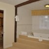 Four Poster with Extra Large Jacuzzi /Shower BBD