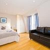 B Deluxe Studio Apartments Standard