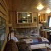 Cabin 7 - 1 Queen bed