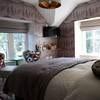 Snowdon (Room 7) - minimum 2 night stay