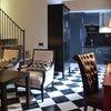 DELUXE SUITE DUPLEX one bedroom apartment