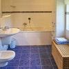 Familienzimmer mit großem Bad