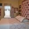 Arctic Rose Room (Deluxe Queen Room with PB, Suite)
