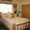 Lakespur Room (Standard Queen with Shared Bath)