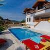 Villa ESINTI Weekly Rate