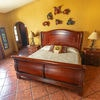 Room 4 - Peralta | King Room