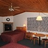 Queen Room with Fireplace (with 6 night discount)