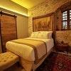 Suite 33 Standard