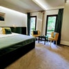Deluxe double room with bath Standard