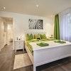 Flex: Deluxe 1-bedroom Suite a)