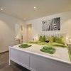 Flex: Deluxe 2-bedroom Suite a)